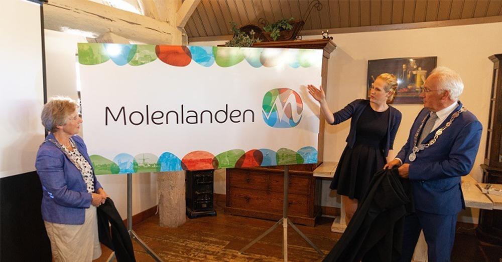 Onthulling logo Molenlanden